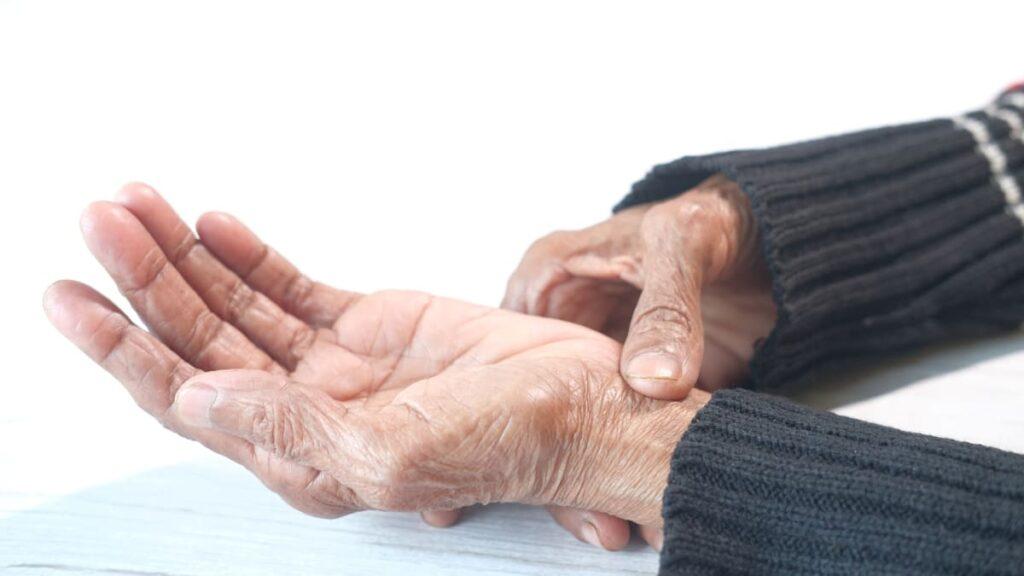 Qual é a ligação entre a artrite reumatoide e o diabetes?